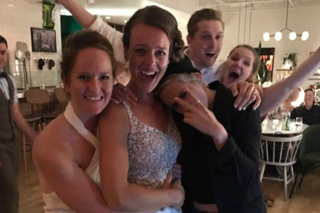Kristen Stewart crashed this couple's wedding and everyone loved it ht...
