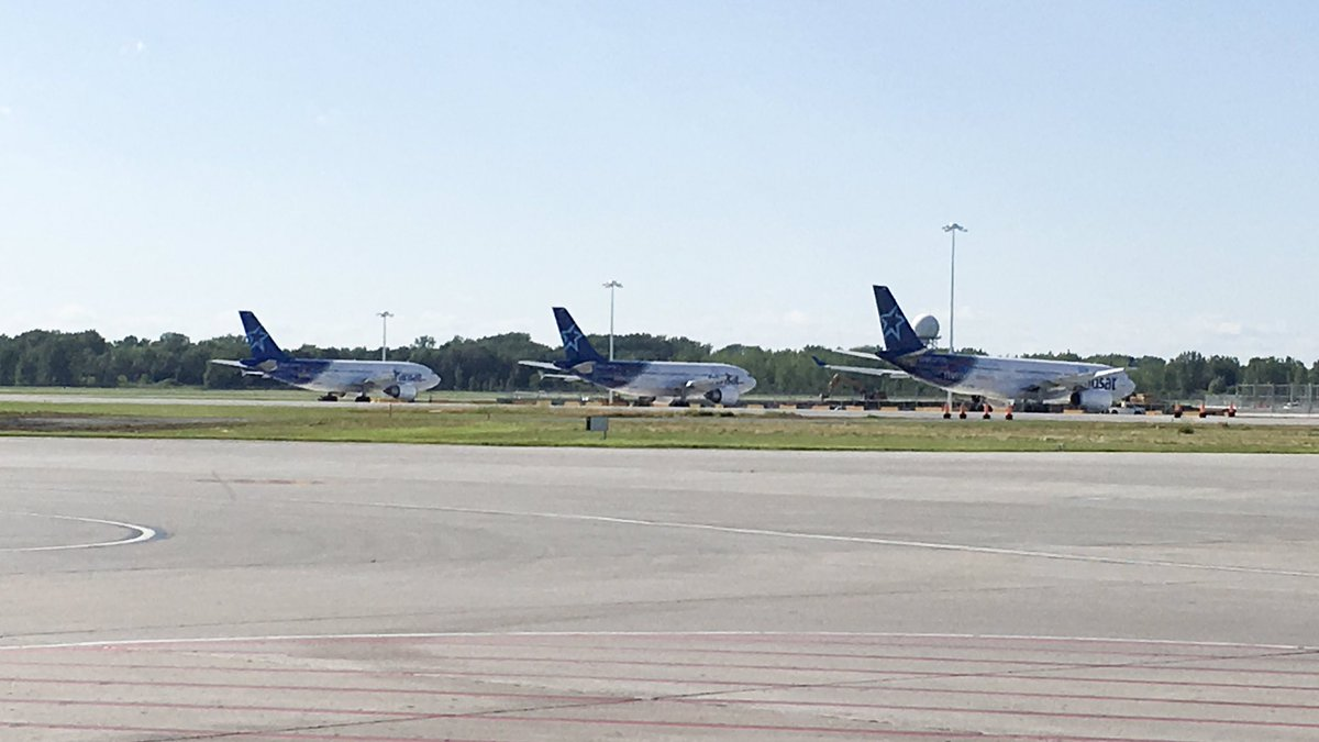 The new #YUL ramp next to B2 is open to parking! @airtransat is the first ones to use it!!!<br>http://pic.twitter.com/lKG5DtZHF5