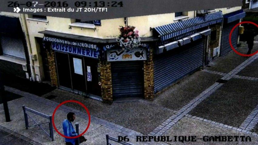VIDÉO - Attentat de Saint-Etienne-du-Rouvray : des images filmées quelques minutes avant l'attaque dévoilées https://t.co/w9CSz0gTsN