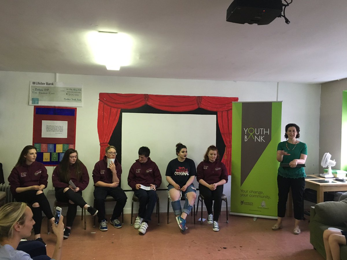@YouthBankIRE the fabulous Edel Maughan addressing our visitors today #TuesdayThoughts #youthengagement #WeAreHereToHelp<br>http://pic.twitter.com/XcVfRcpStE