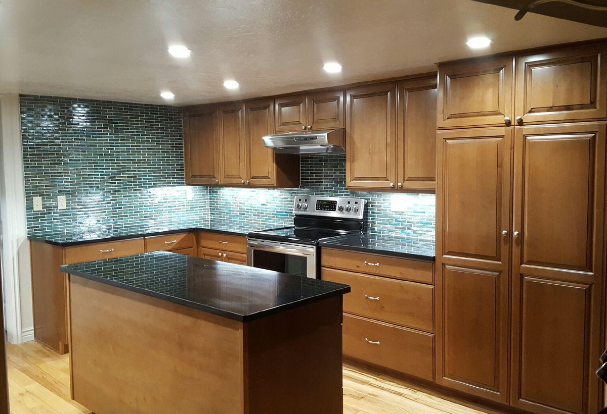Canyon creek cabinet canyoncreekcomp twitter for Canyon creek kitchen cabinets