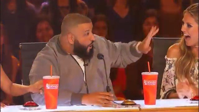 At least we know @djkhaled's #GoldenBuzzer works. #JudgeCuts https://t...