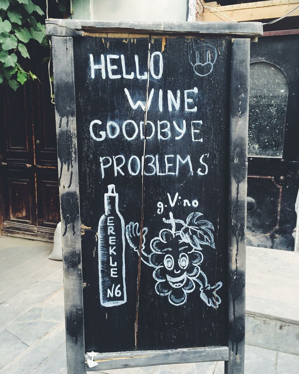 Not quite right but nice#wine #winelover @winewankers @tinastullracing @Dracaenawines @JMiquelWine @MacCocktail @DemiCassiani @pietrosd <br>http://pic.twitter.com/TWkA0j0aNd