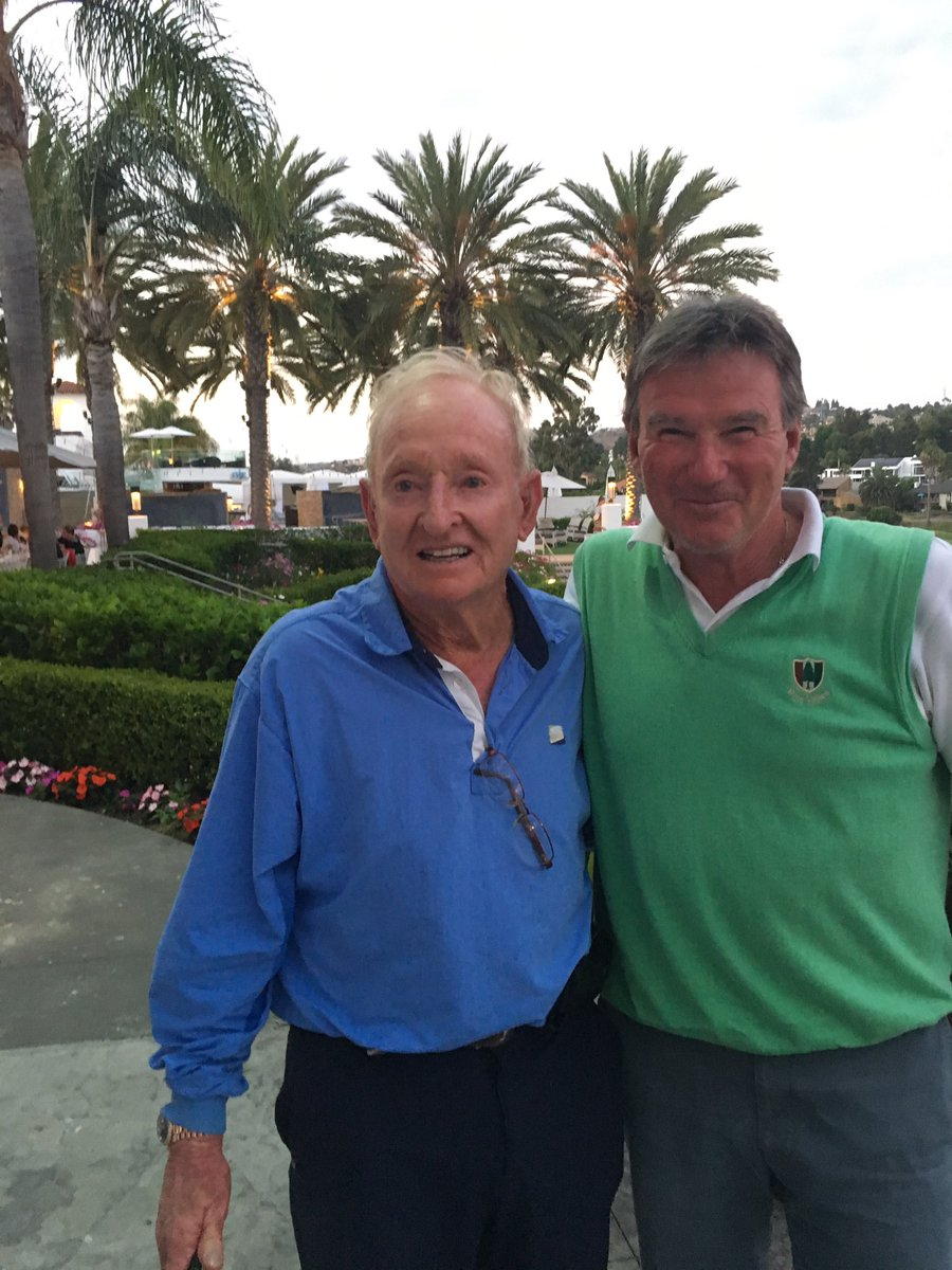 "A great day- playing golf with the "" one and only Rod Laver""-- then a drink and some great stories!! https://t.co/39dgs4wpRg"