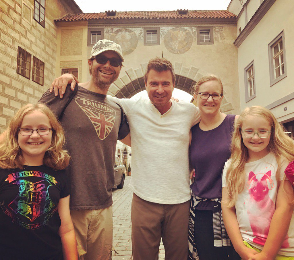 Met a sweet family from MS. Say they love the show. Of course they don&#39;t let the parents watch..  #BoozeTraveler  #CR <br>http://pic.twitter.com/o5fvAq4c7U