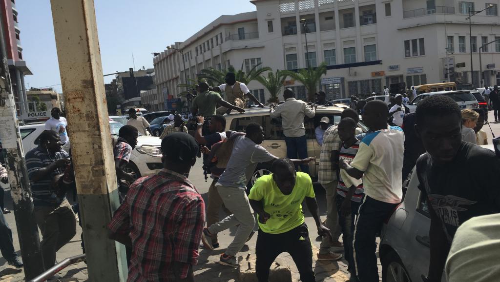 Législatives au Sénégal: un rassemblement d'Abdoulaye Wade dispersé https://t.co/Gewrmjjq9M