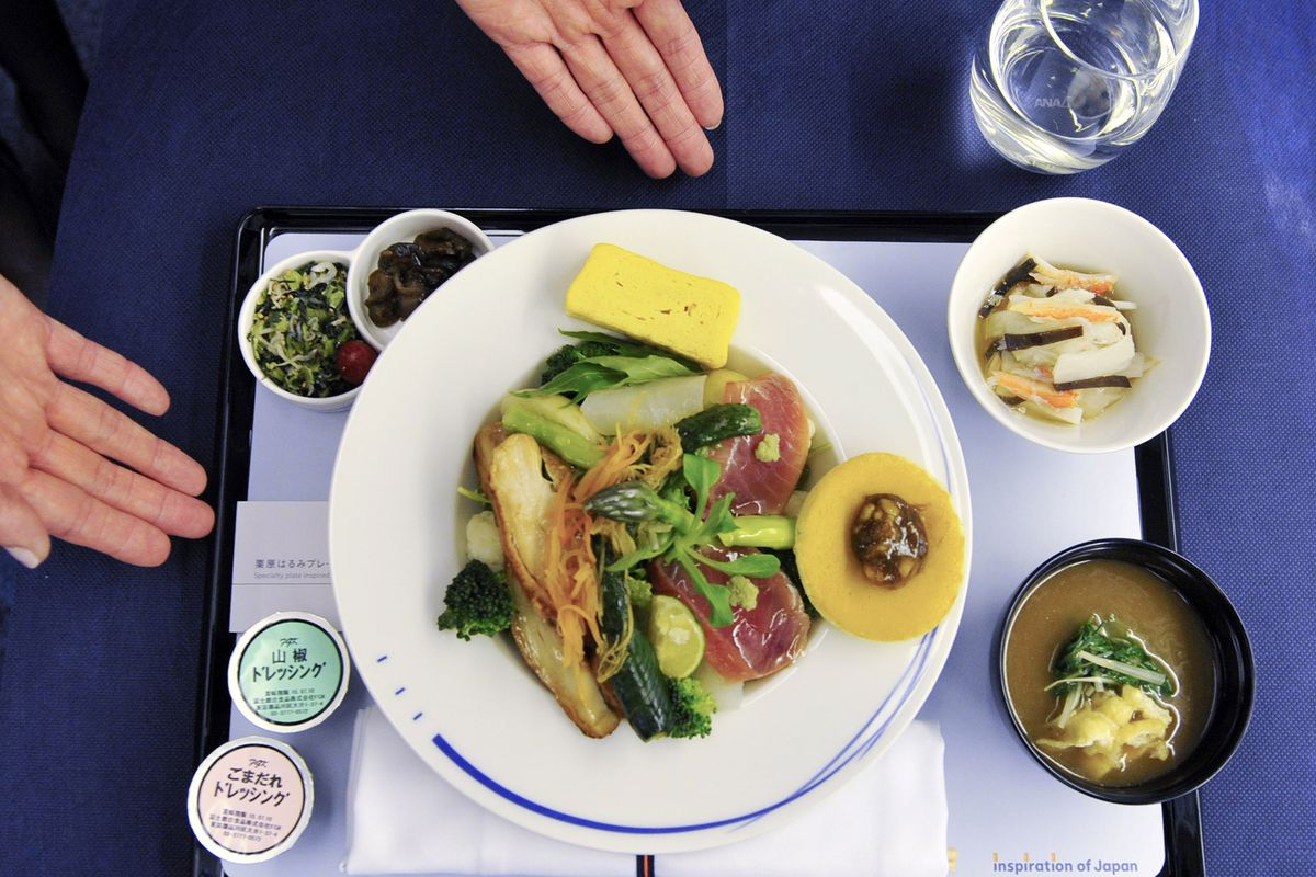 test Twitter Media - Why you should never eat food on planes https://t.co/QCI4ldRIba https://t.co/pVkuduFNMl