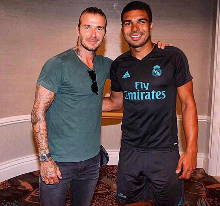¿Cuánto mide David Beckham? - Altura - Real height DFoxayjWsAAZ7bK