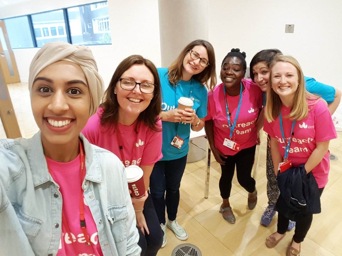 Summer school ready today. We&#39;re excited to meet all the Year 12 students today. @uniofbeds #SummerInBeds #STEM #Luton #Outreach <br>http://pic.twitter.com/1zwGtN3mdk