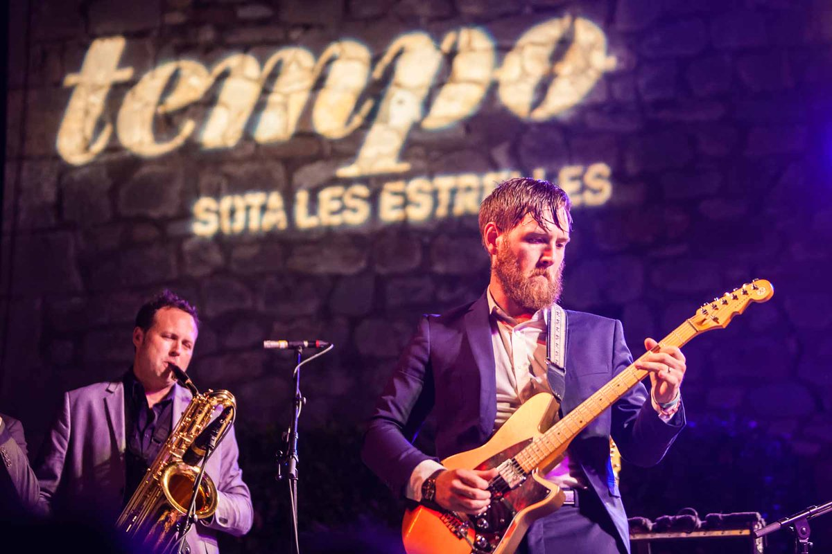 The summer in Girona is &quot;Under the stars&quot; with music and spectacle: @TempoGirona #music #show #girona #spain  http:// bit.ly/1LMxEj2  &nbsp;  <br>http://pic.twitter.com/AH3KXGILWb