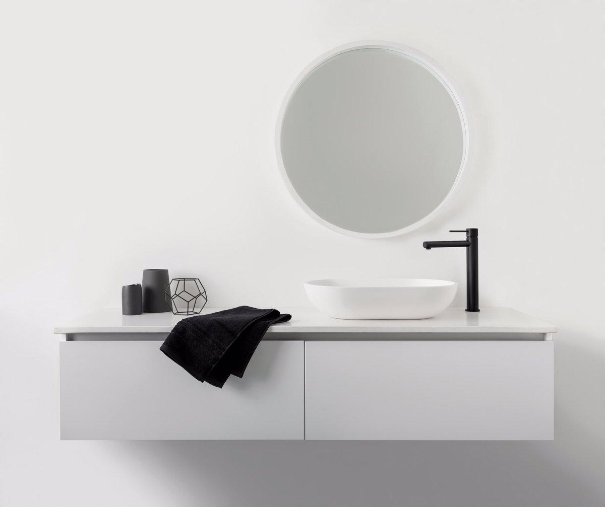 Flawless details in Matt Black. Vessel sink by Phoenix Tapware. #5STYLE #minimalist #bathroom #design #minimal<br>http://pic.twitter.com/WjHqwkZzhG