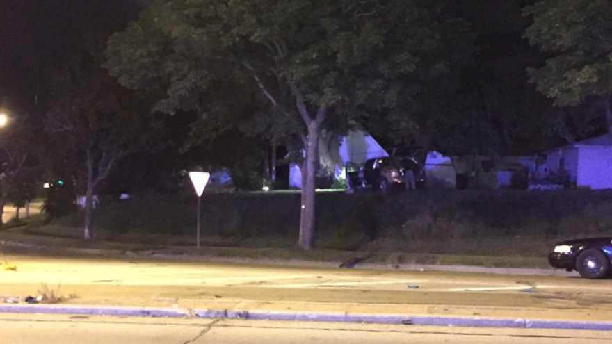 Two county highway chase ends with crash in Milwaukee https://t.co/Bl3JPqTtdi