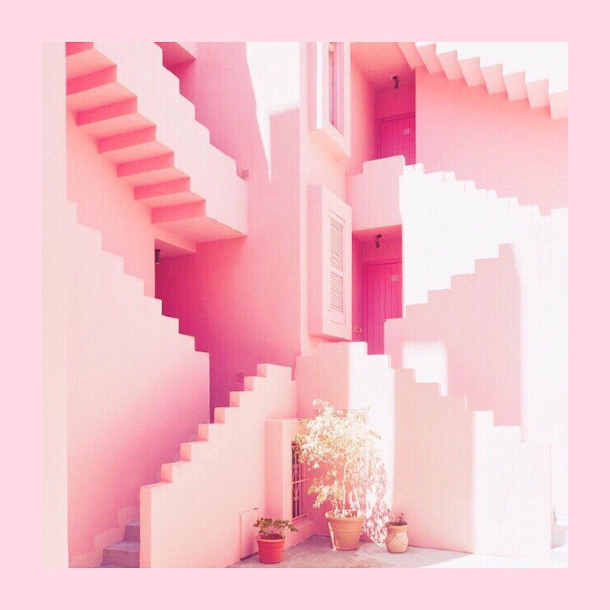 階段 海外 風景 アート オブジェ ピンクの建物 ピンクの壁 PINKPINKPINK ピンク PINK PINKLUSH  ⇒ https//pinklush.jp/ pic.twitter.com/B4ADISVI4W