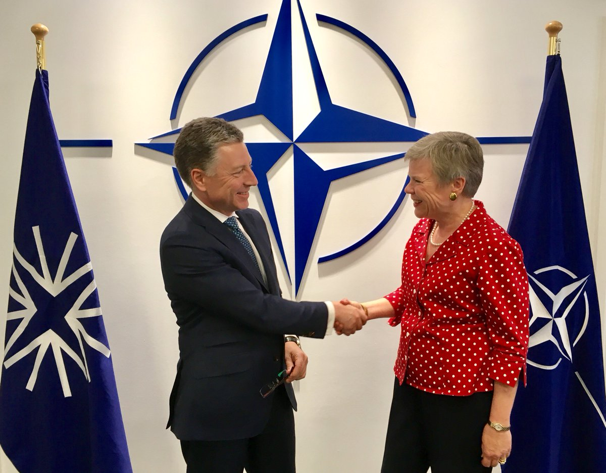 Pleased to meet with @KVolker today. #NATO continues to provide strong political &amp; practical support to #Ukraine:  https:// goo.gl/zj7XxA  &nbsp;   <br>http://pic.twitter.com/4tS3PEv4fg
