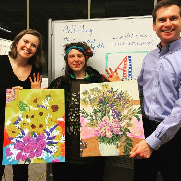 ArtLifting provides #homeless &amp; disabled #artists the opportunity to earn income  http:// dld.bz/ewArw  &nbsp;   #art<br>http://pic.twitter.com/IQ4rV14dzC