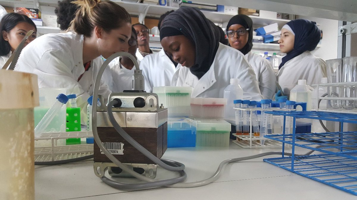 Now in its 4th year, #KHPschool is designed to provide students from local schools with an insight into careers in #biomedical research <br>http://pic.twitter.com/2e47nZzhCi