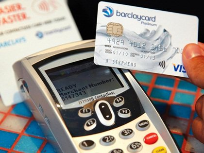 Card payments are now more popular with consumers than cash  https://www. thegrocer.co.uk/stores/consume r-trends/card-payments-overtake-cash-as-payment-technology-advances/555141.article &nbsp; …  #foodmanufacturing #FMCG #Food<br>http://pic.twitter.com/bMv7GmJMul