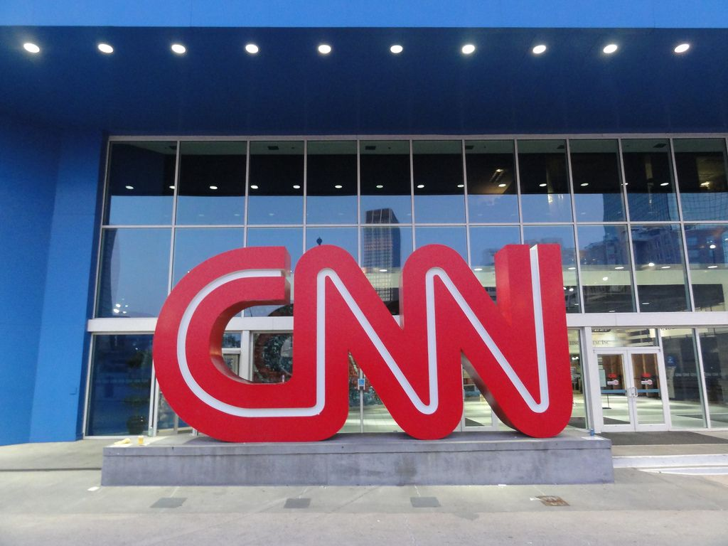 CNN Again Makes Unsubstantiated Claims About Russia  http:// buff.ly/2uCXXqK  &nbsp;   #CNN #Russia #unsubstantiated #reporting #facts #Taliban #AK47<br>http://pic.twitter.com/g5CrpsVV2p