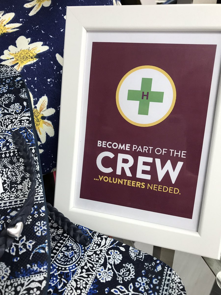 We are now recruiting #volunteers for our new @ChildrensAirAmb #banbury shop. Pop in for a chat anytime, together we keep our help flying<br>http://pic.twitter.com/hgznzeyfeF