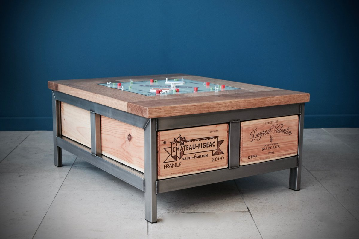 #Wine crate #games table all finished for a #celebrity customer, complete with inset #Monopoly #boardgames #WineWednesday #gamesnight #game <br>http://pic.twitter.com/EO6peSORt8