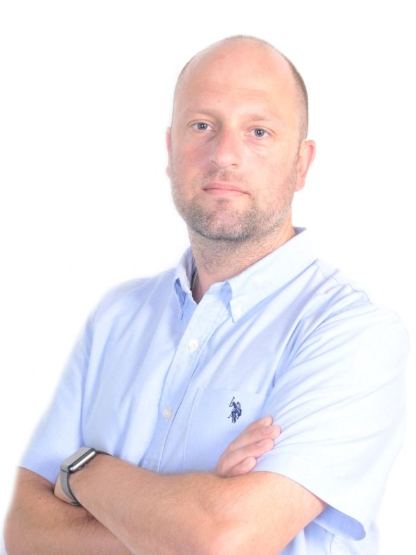 Innovate Opens London Office And Appoints Brendan Russell to Sales Director, EMEA #mrx  http:// hubs.ly/H08bLCL0  &nbsp;  <br>http://pic.twitter.com/wVAuxPeFdT