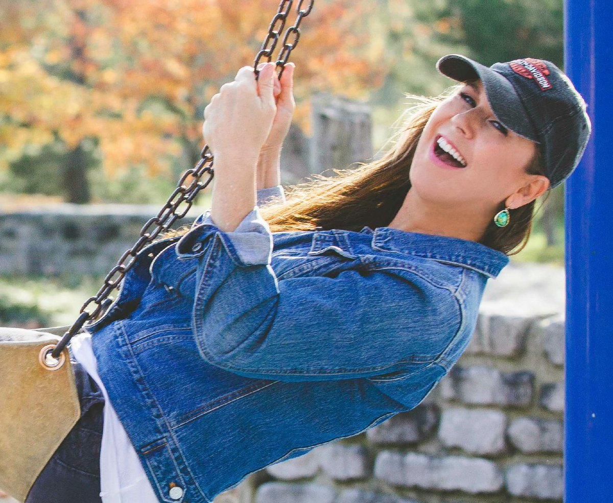 #Singlemom goes from #blogger to #fun #biz website!  http:// passionatelypam.com / &nbsp;   #wellbeing #huffpost #entrepreneur #deepakchopra #holistic<br>http://pic.twitter.com/ren8OGhF3p