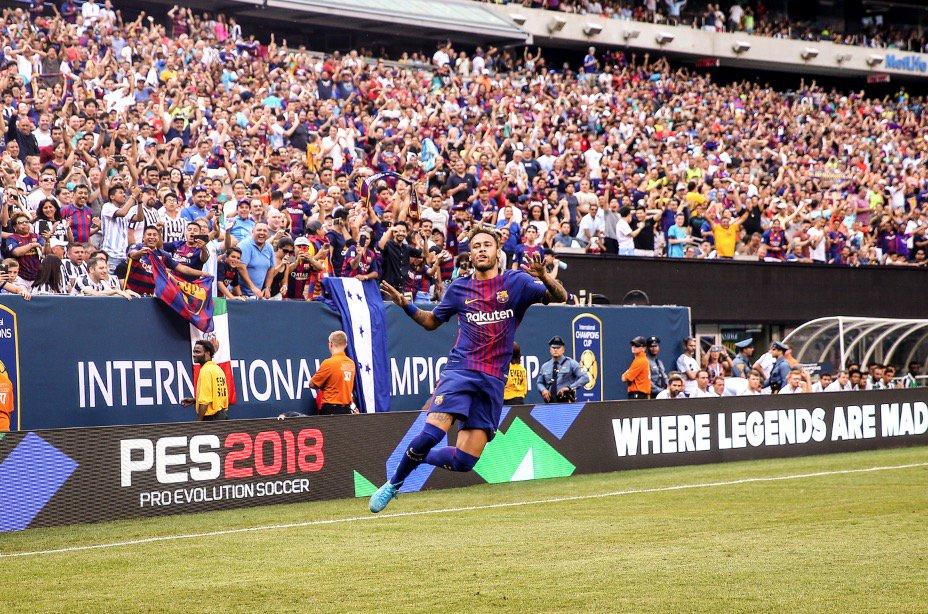 [#Photo📷] Neymar continue de faire ce qu'il sait faire le mieux : ⚽ BARÇA 1 - 0 MAN UNITED (MT)