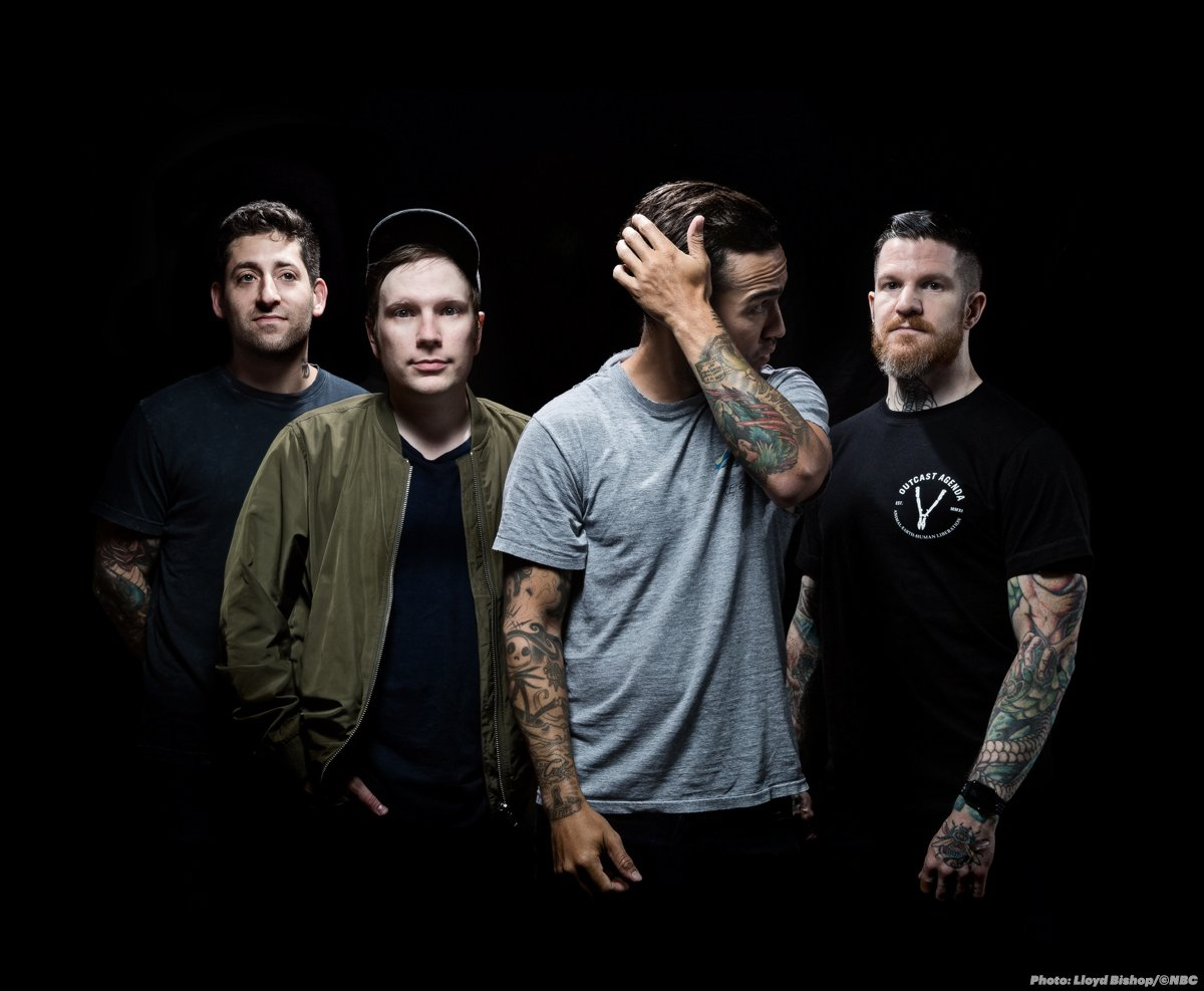fall out boy dating The qualities that make a guy fall head over heels all have one intriguing thing in common  but you may evenbe slightly out of reach.