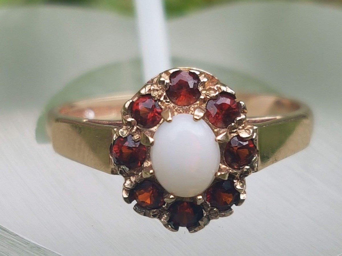 This striking ring is new to the shop, she&#39;s well worth a look at. #Etsy #etsychaching #goldring #gemsafire #GEMSTONE #garnet #gold #gift<br>http://pic.twitter.com/We1YuxRXR5
