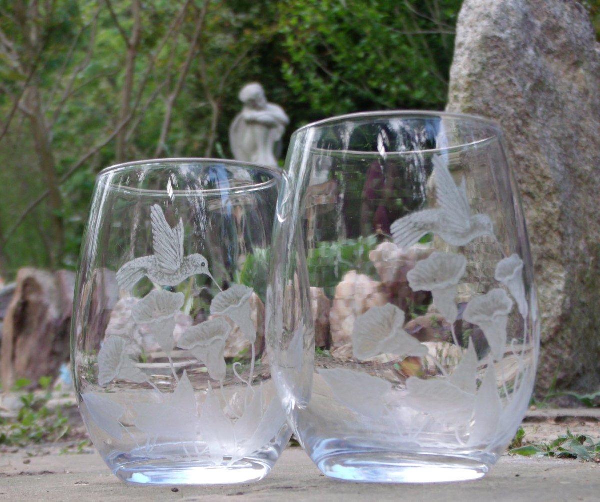 Hand Engraved Elegant Stemless wine glass set of two with Hummingbirds…  http:// tuppu.net/d6b36683  &nbsp;   #handmade #winelover<br>http://pic.twitter.com/TK9lK6qc5I