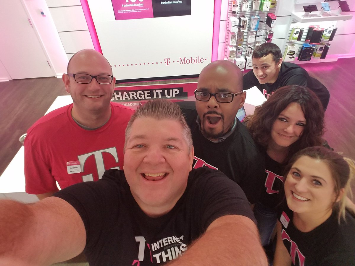 Making an #IMPACT with @MillcreekMall @TMobile  store #Operatewithpurpose. Team is fired up and ready to Rock 🖒#NCredible @ARod_013<br>http://pic.twitter.com/npRNpGCEa1