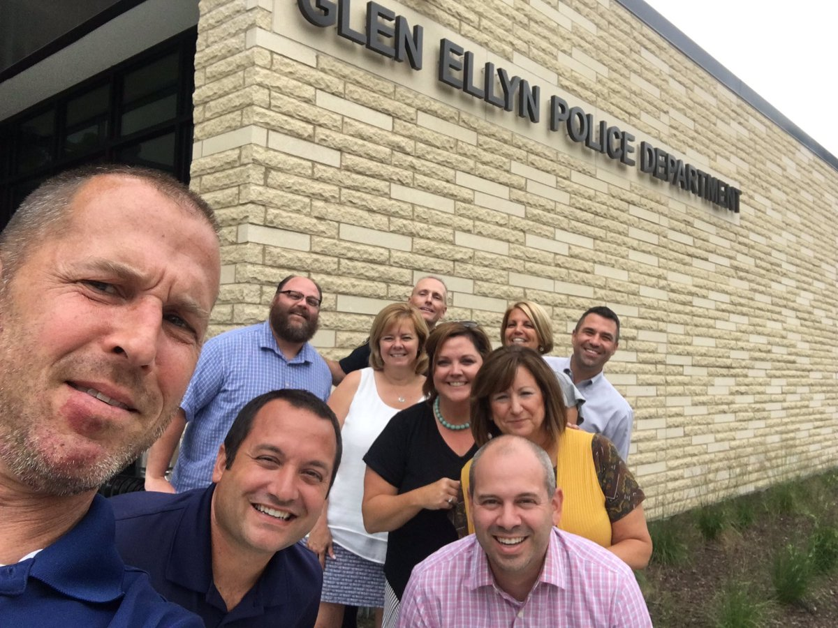 TY Glen Ellyn Police Department for lending us your new community room for our admin team meetings and professional development! #community <br>http://pic.twitter.com/0NCfZcCP46