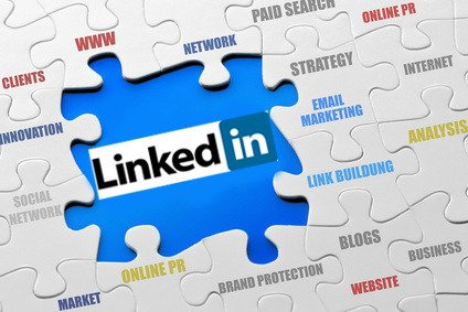 Ten Tips for Job Seekers on LinkedIn -  http:// goo.gl/vMeB6f  &nbsp;   #LinkedIn #business #media #internet<br>http://pic.twitter.com/MKyoIoXPbO