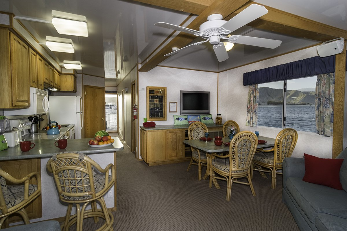 HOTD:The 60-ft Eagle Houseboat is a spacious and feature rich option at  #LakePowell #LakeMead #LakeMohave - http://ow.ly/LTST30ctpKG  pic.twitter.com/ ...