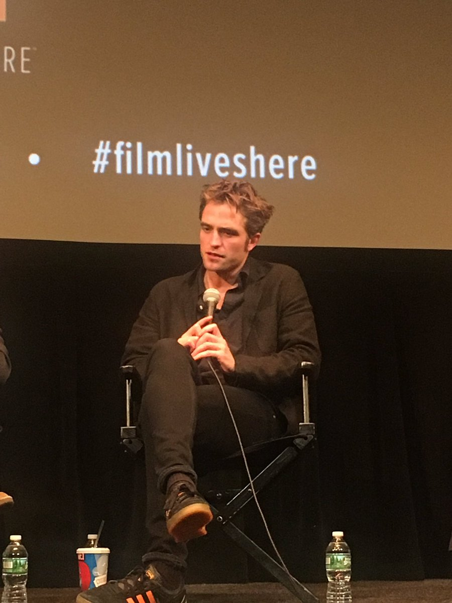 """He's someone who thinks the world is against them."" - Robert Pattinson on his #GoodTime character. https://t.co/5yq0NuJud0"