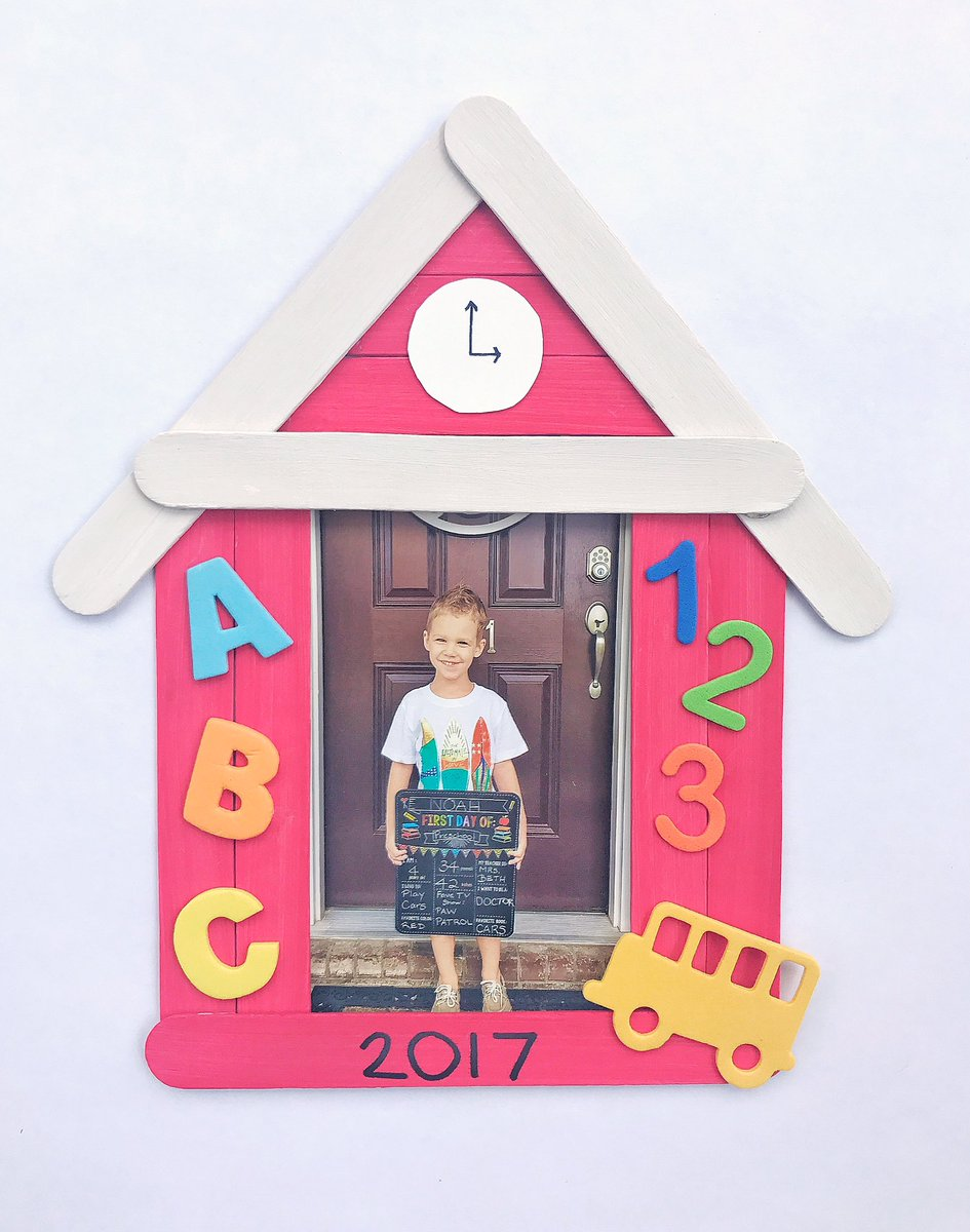 Get ready for #Back2School with this fun schoolhouse picture frame craft for #preschoolers   http:// bit.ly/2uDm3RT  &nbsp;   #kidcrafts<br>http://pic.twitter.com/nFqPelmlm8