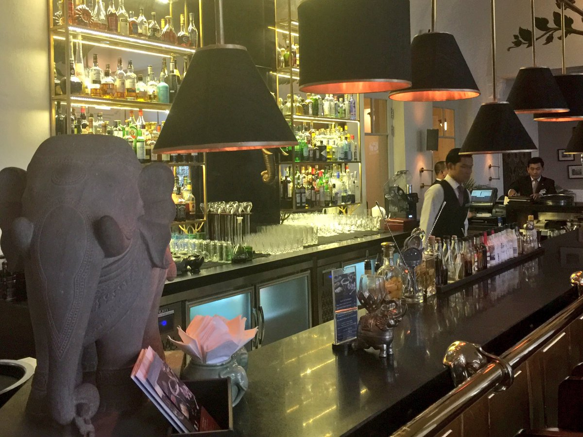 Happy hour Elephant Bar5-9pm. Stay @raffleshotels Phnom Penhwhen flying @emirates EK388 from Dubai#eat#drink#explore#shop#stay<br>http://pic.twitter.com/3PaQAyUw9Q