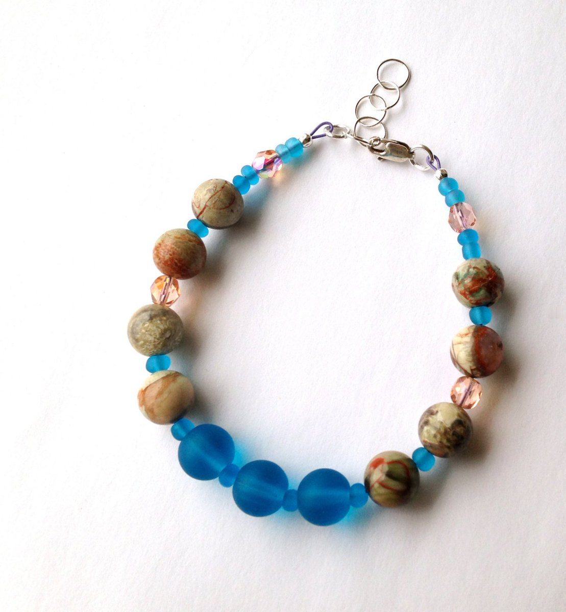 This has all the beach colors #beach #bracelet with jasper and cultured sea glass #jewelry from my #Etsy shop   http:// crwd.fr/2t9M3m7  &nbsp;  <br>http://pic.twitter.com/R8TyAeOQWd
