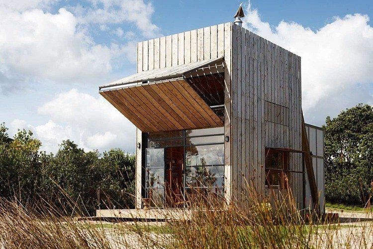 Beach Hut by Crosson Clarke Carnachan Architects |  http://www. homeadore.com/2014/03/13/bea ch-hut-crosson-clarke-carnachan-architects/ &nbsp; …  Please RT #architecture #interiordesign <br>http://pic.twitter.com/epdbNyww7x