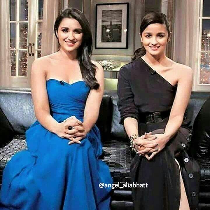 Aloo and Pari  @aliaa08 @ParineetiChopra  #AliaBhatt #parineetichopra #angel_aliabhatt #Bollywood #bollywoodactress #FolloMe<br>http://pic.twitter.com/ooWVdyUTwh