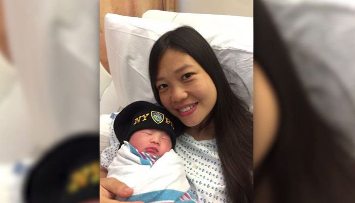 Daughter of slain police officer born 2 years after his death https://t.co/j5tTMSW0mk