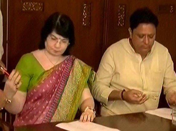 Congress Chief Whip Balwantsinh Rajput, MLA Tejshriben Patel resign