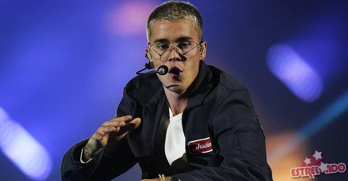 Justin Bieber atropela paparazzi ao deixar igreja em Los Angeles, nos Estados Unidos. Saiba mais https://t.co/DmUnc0tP8r