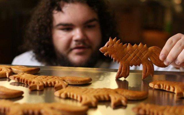 Londres : un acteur de #GameOfThrones ouvre sa boulangerie https://t.co/0uCPYYbkiy
