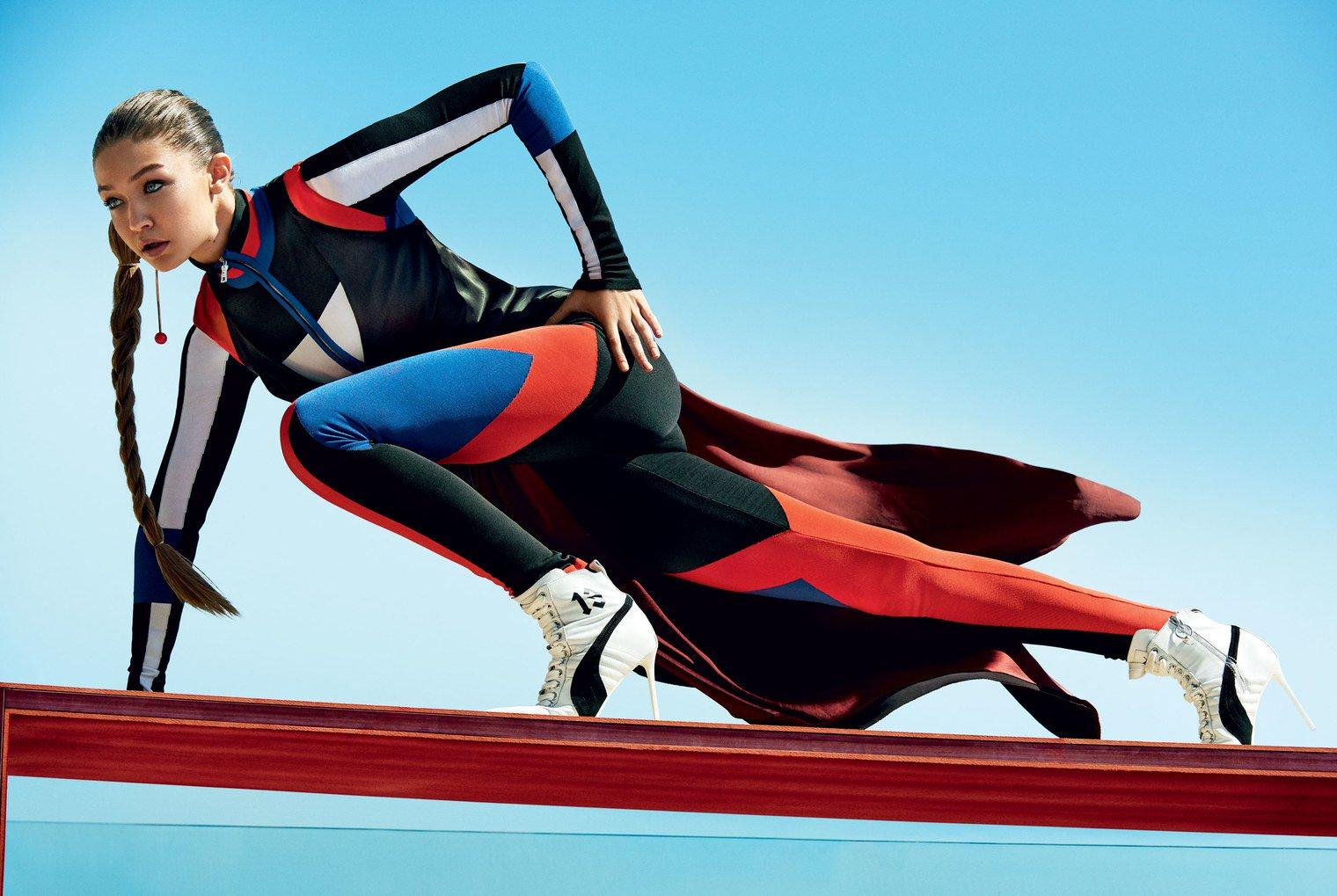 This new body-sculpting workout will make you feel like a superhero: https://t.co/b81YKlsLRL https://t.co/r6RnzkZgK9