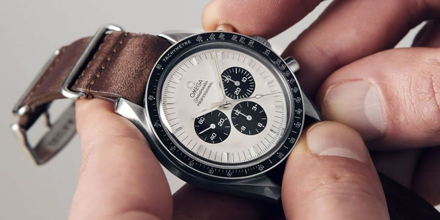 Looking to buy a Swiss watch? Swap brand new for these pre-owned models: https://t.co/VdIEVgEorH https://t.co/E3TOl7Ja1d