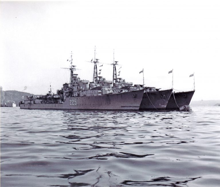 #DYK HMC Ships Cayuga, Sioux &amp; Athabaskan sailed from #CFBEsquimalt to Korea in July 1950 #MARPAC #KoreanWar #RememberThem #RCNavy<br>http://pic.twitter.com/5r9AXRkkZa
