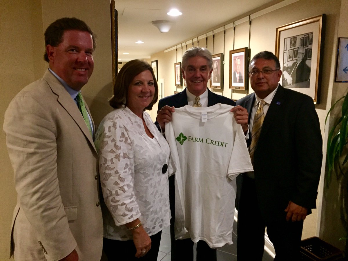 Thanks @RepRWilliams for meeting w/ @LoneStar_LSAC farmers &amp; ranchers! We appreciate your support of rural infrastructure &amp; #ag! #FarmCredit<br>http://pic.twitter.com/OZLfBIKIcq