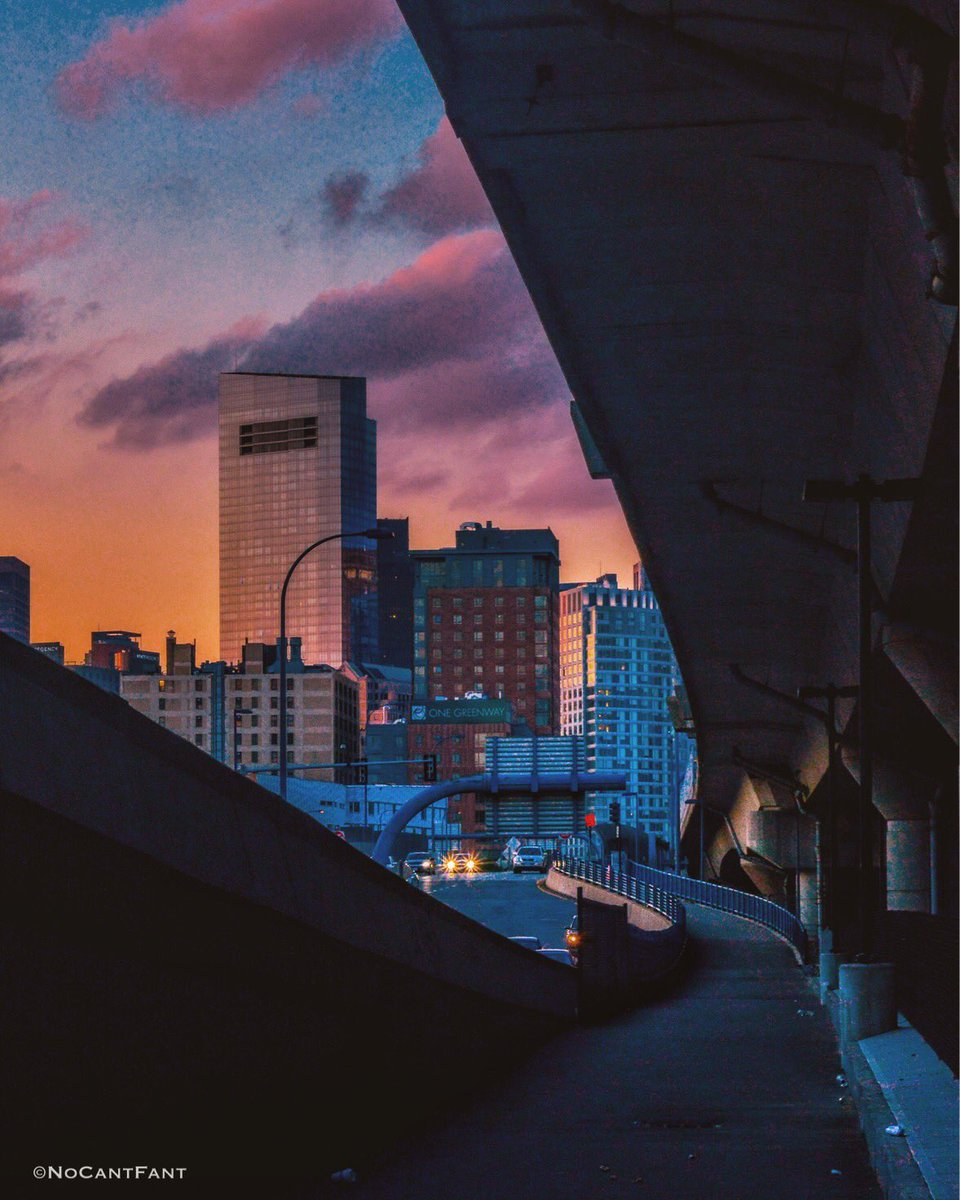 *Under Bridge View*Create Your World! #boston #skyline #nomad #sunset #wanderlust #view #freeway #color #NoCantFant #Something4thepeople <br>http://pic.twitter.com/AkTyazU29X