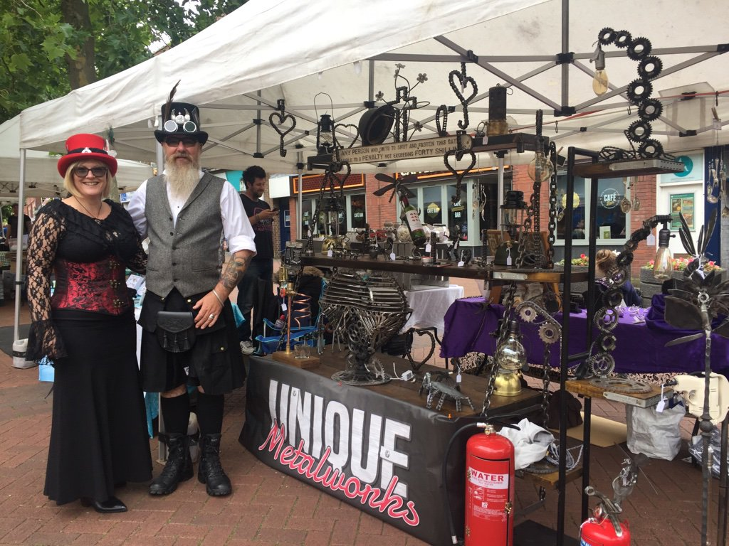 This Sat it is the fabulous Newcastle Artisan MarketStalls lining the Iron Market with #food #craft  http:// myartisanmarkets.co.uk/markets/newcas tle-artisan-market/ &nbsp; …  #Staffs 10-4pm<br>http://pic.twitter.com/1mCJ5QzFIc
